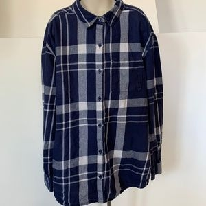 Old Navy Boyfriend Plaid Flannel button down